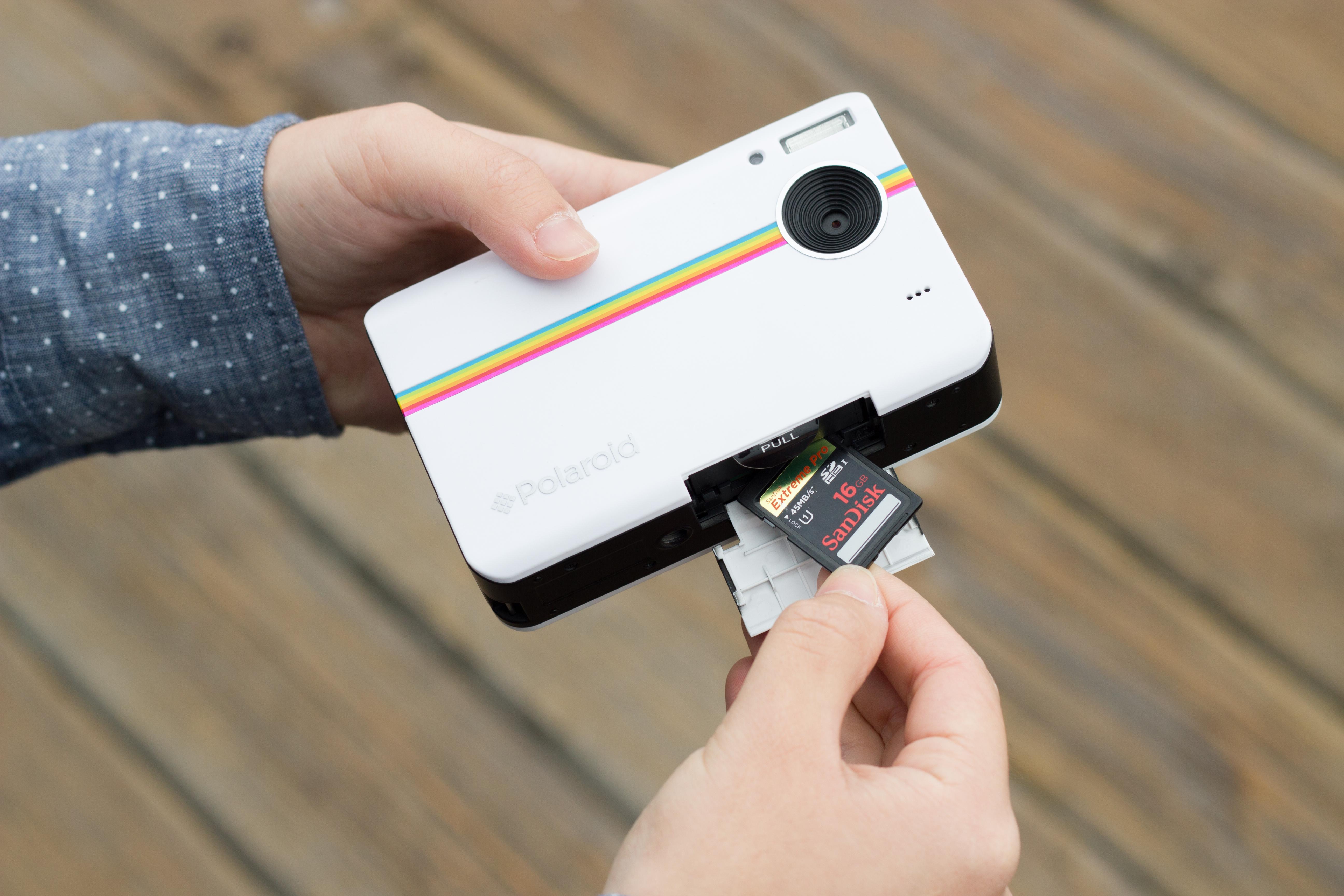 Polaroid Z2300 Instant Digital Camera Review