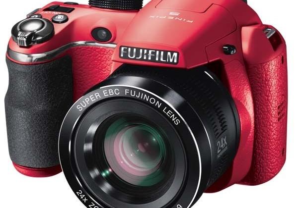 Fujifilm Finepix S4200, refurbished in red