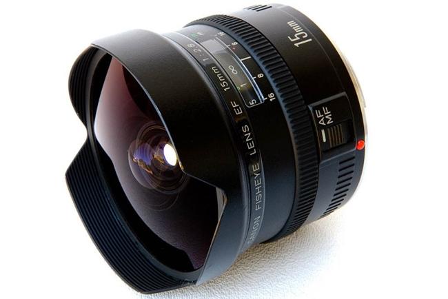 canon-lens-EF-15-mm-fisheye-lens