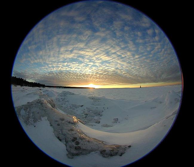 circular fisheye lens image