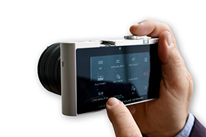 leica T touchscreen interface