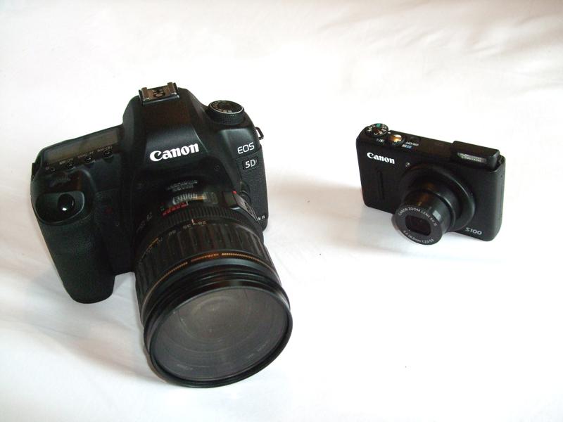 compact camera versus DSLR