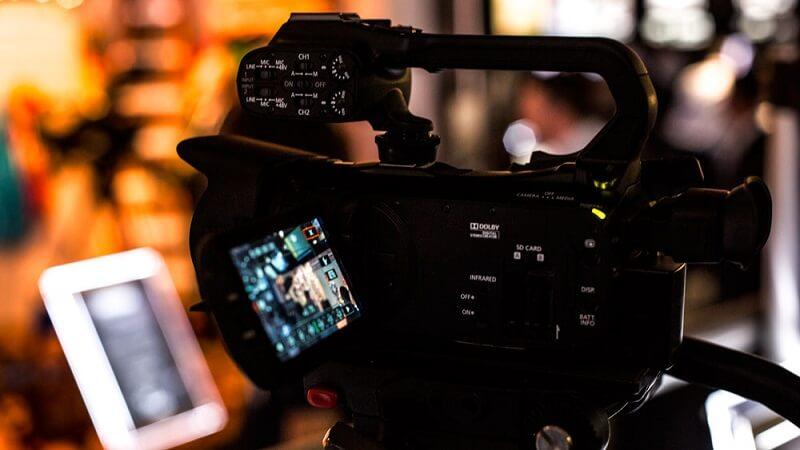 filming with Canon XA20 in low light
