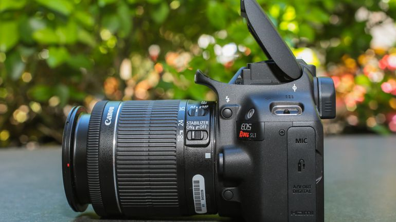 side view of the Canon SL1 Rebel