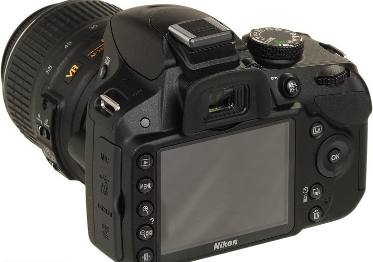 Back view of the Nikon D3200