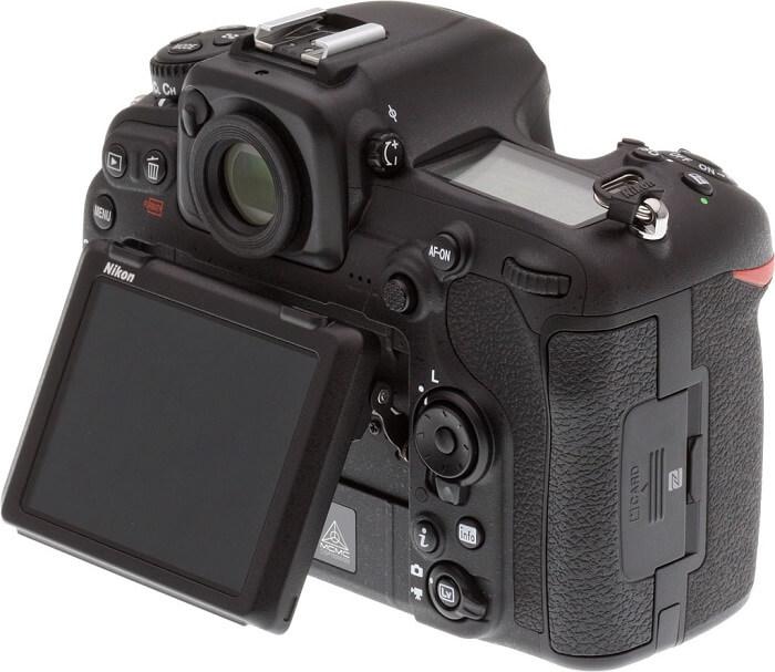 Nikon D500 display
