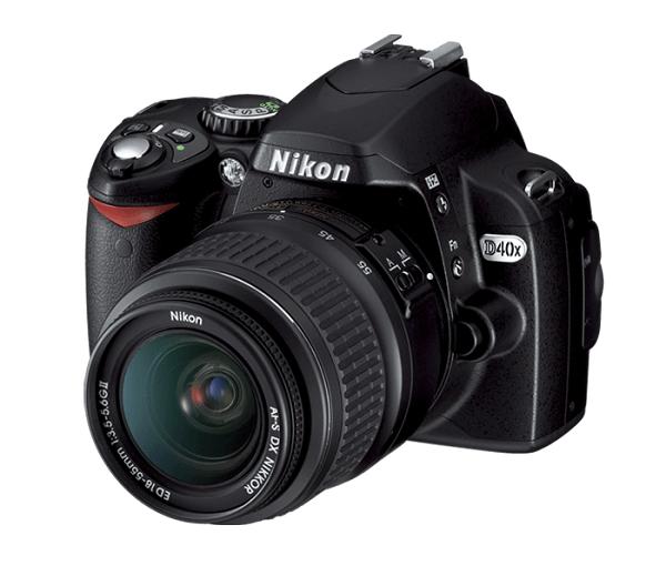 Nikon D40x body and lens