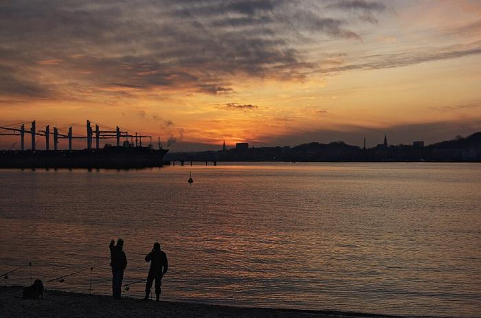 image taken with Nikon D40 at sunset